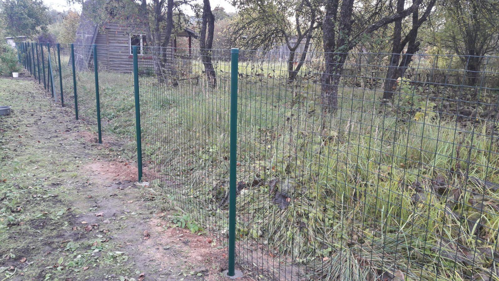 https://zogs.lv/wp-content/uploads/2016/10/Metinātie-ruļļu-žogi-9-scaled.jpg